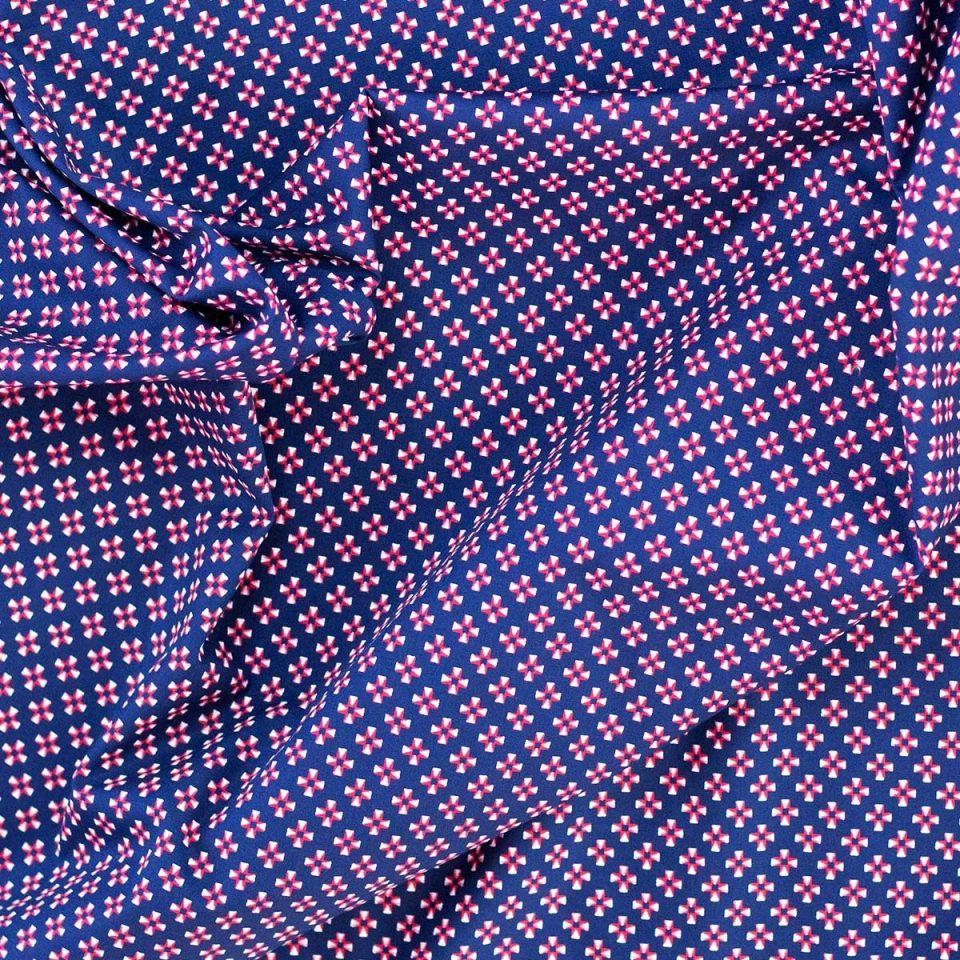 tela algodón estampada cruces