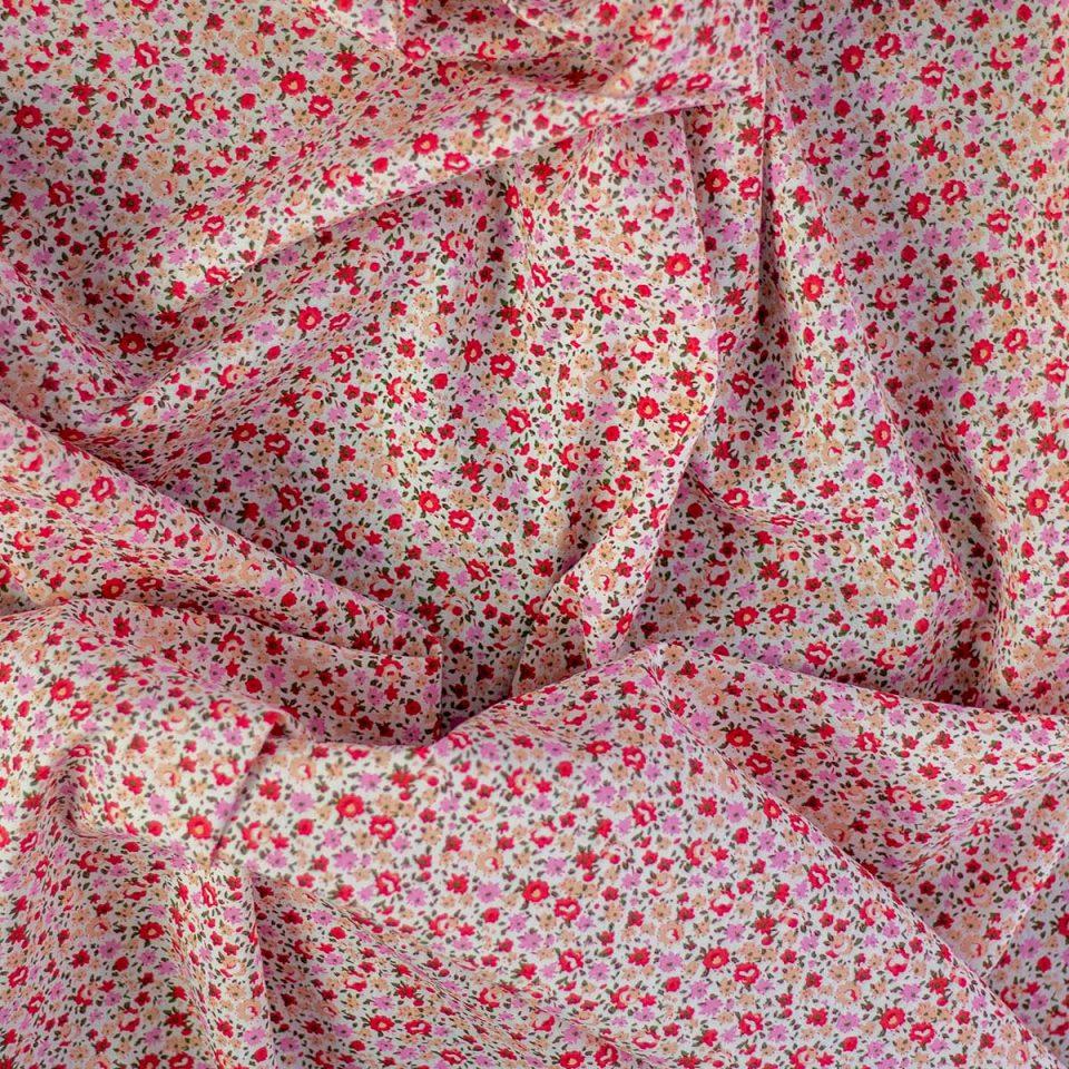 Tela Cotton Dibujo de Flores Rosas